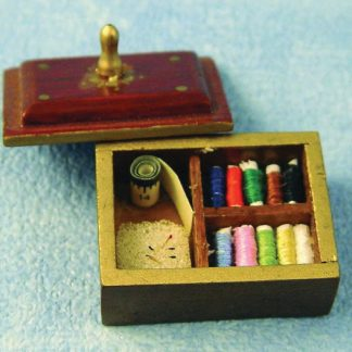 1:12th scale Dolls House Arts & Crafts